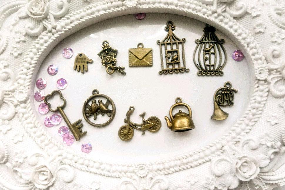 Картинки по запросу металлические украшения в скрапе