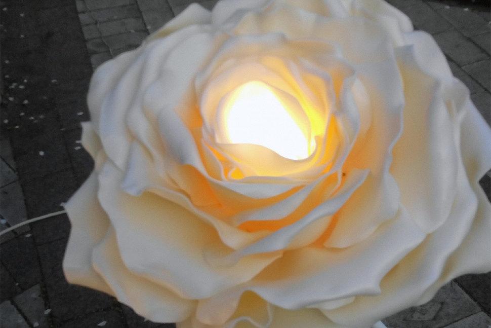 Как сделать светильник из фоамирана-3